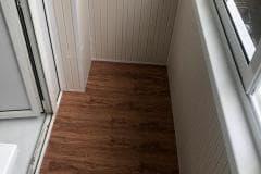 отделка балкона внутри пол